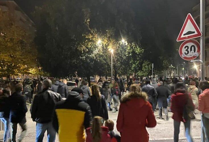 Ascoli, lacrimogeni sulla manifestazione